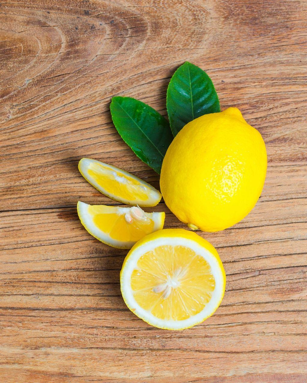 4 przydatne zastosowania cytryny w domu