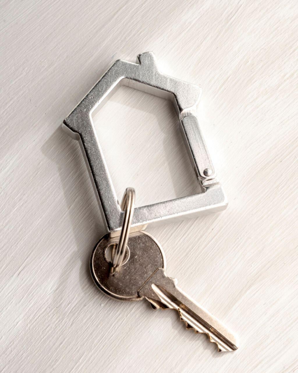 Jak zabezpieczyć mieszkanie przed kradzieżą?
