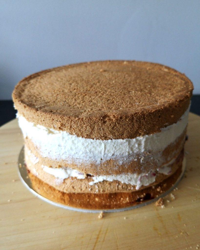 przekładanie tortu