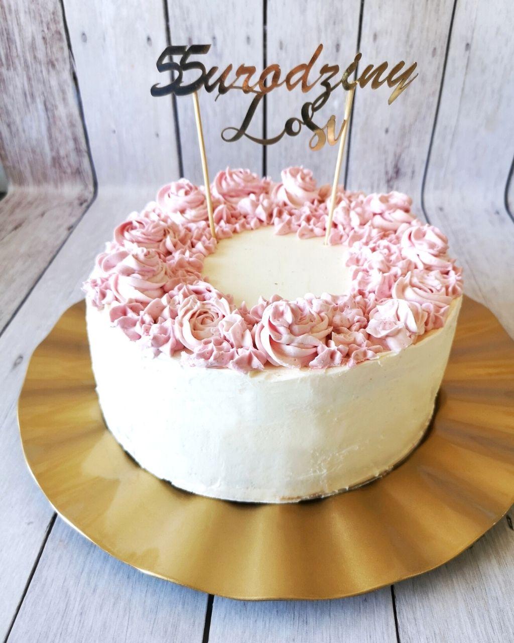 Tort urodzinowy - przepis i dekoracje krok po kroku